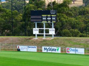 Twin Ovals Scoreboard